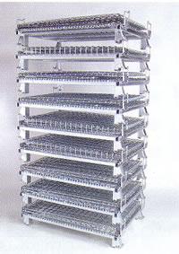 段積みブラケットを標準装備